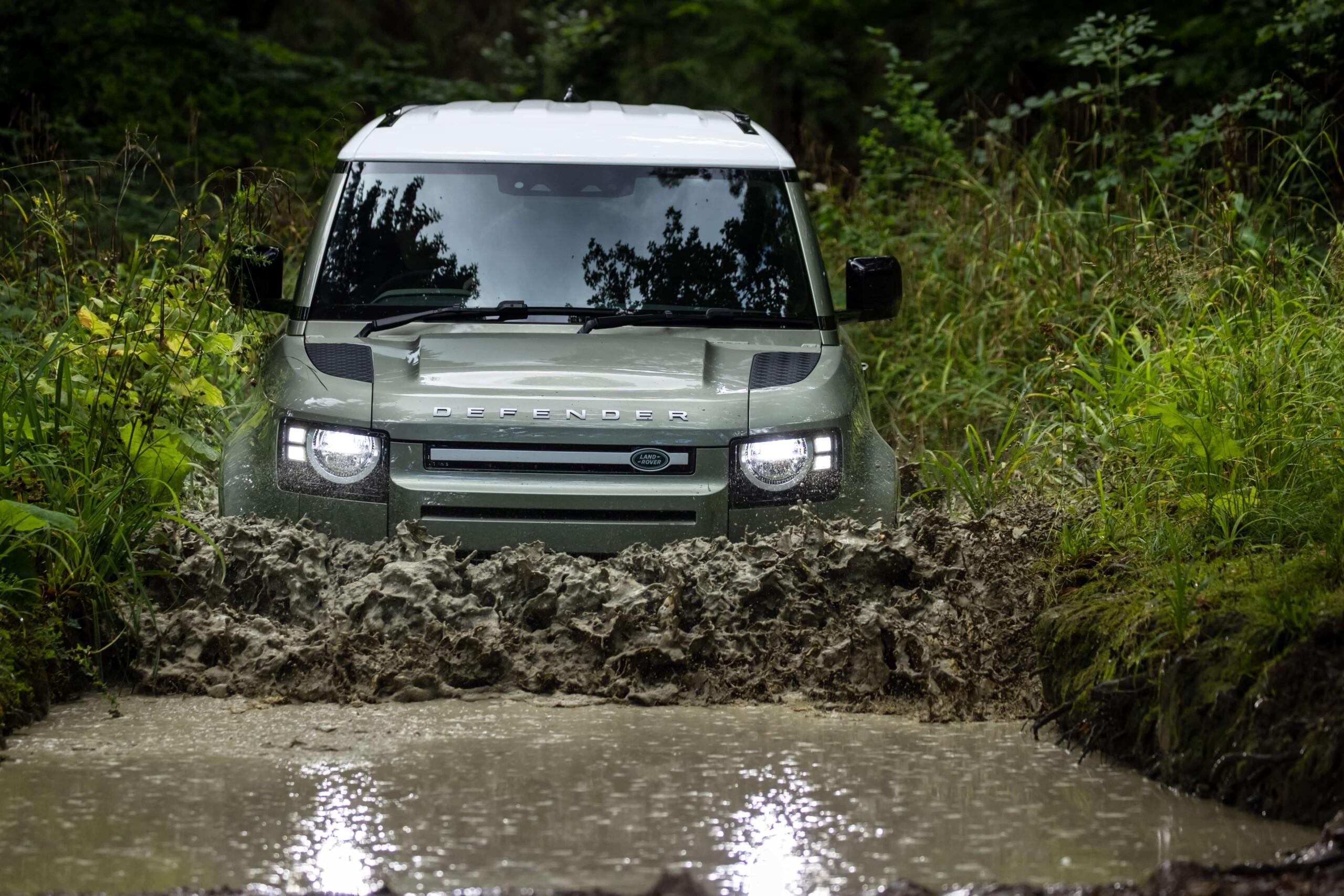 Land Rover Defender 2021: La electrificación llega al ...